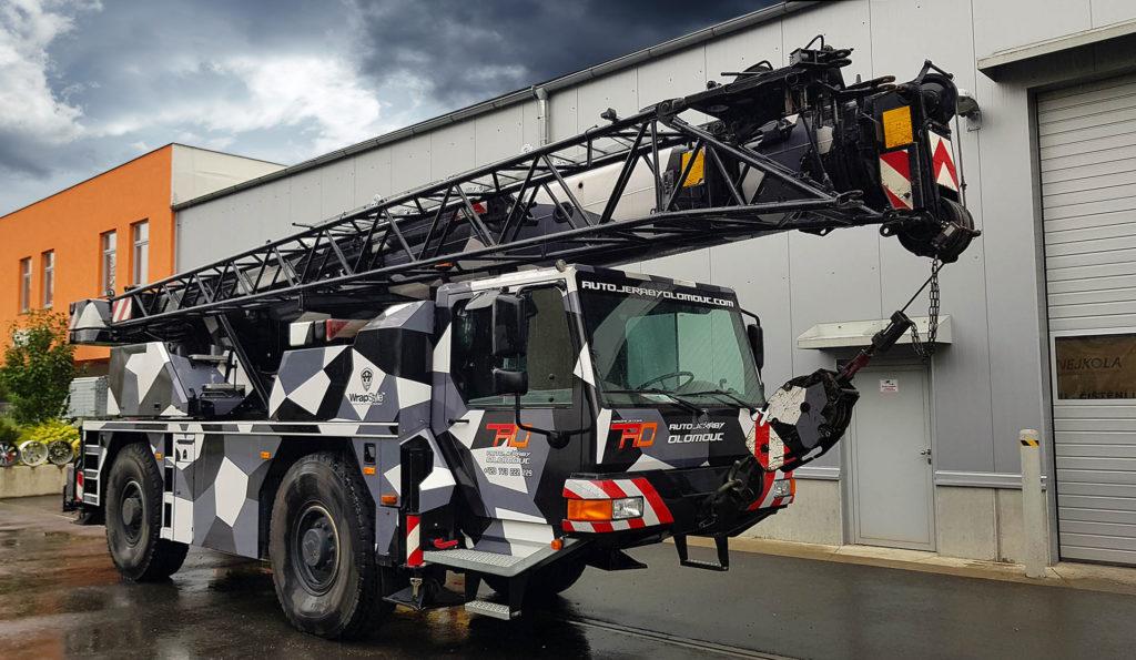 Autojeřáb LTM-1030